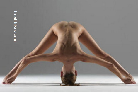 sexy difficult yoga pose for men1