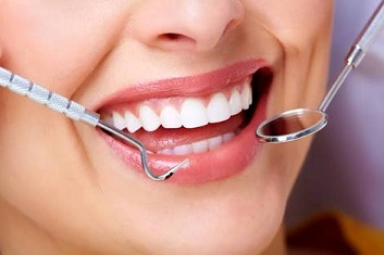 Cosmetic Dentistry on your Teeth Color