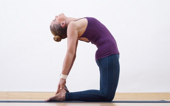 How to Ustraasana The Camel Pose