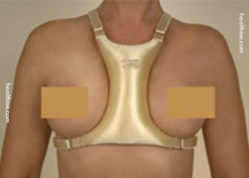 ergonomic cushion for cleavage wrinkle around breasts
